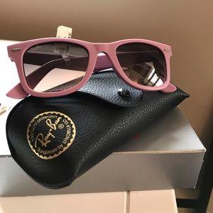 Brand new Ray-Ban Pink Wayfarer 2140